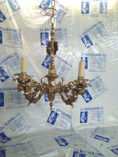 Lámpara de bronce clásica restaurada